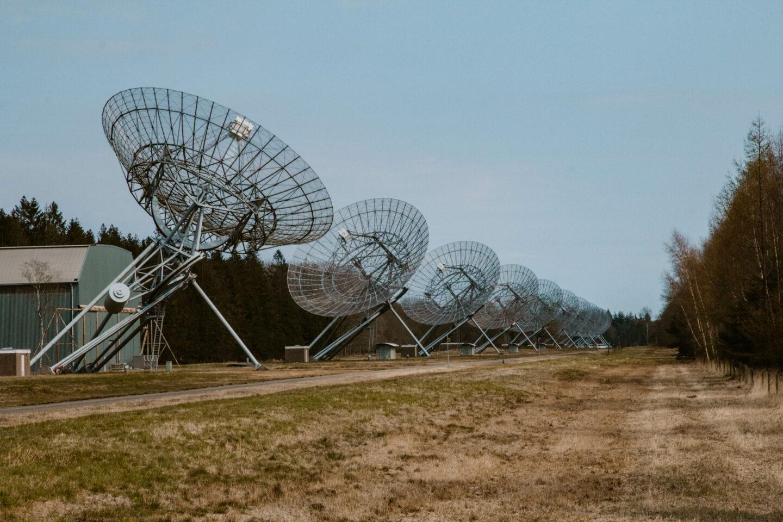 Bezoek Radiosterrenwacht en kamp Westerbork
